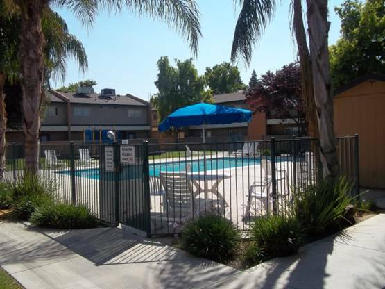 - $740 2br - 900ftsup2 - Valley Springs Towmhomes, Encludes A Sparkling Pool (400 White Lane )