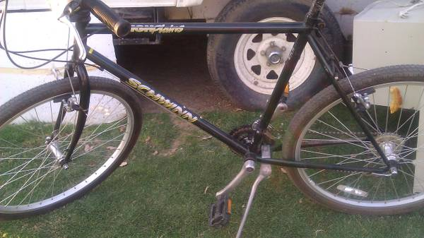 Schwinn High Plains Mtn. Bike - $145 (e. bak)