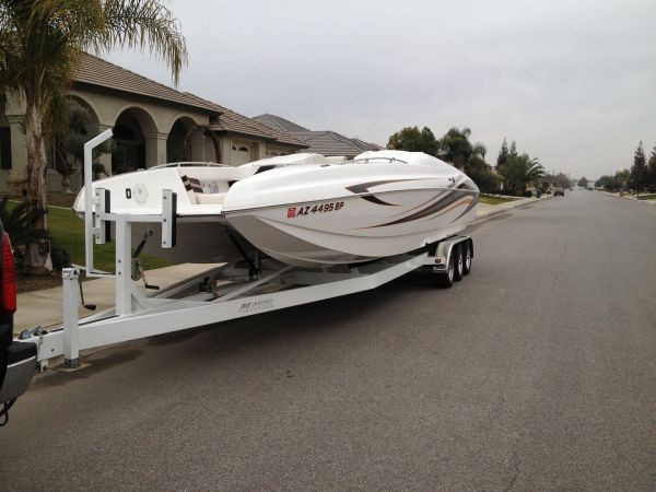 2009 Magic Deck Boat - $99500 (bakersfield)