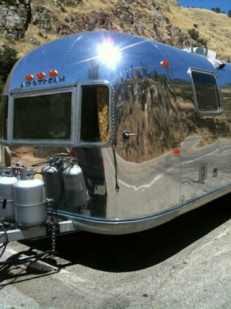 PROFESSIONAL POLISHING VINTAGE ALUMINUM AIRSTREAM TRAVEL TRAILERS He (Bakersfield)