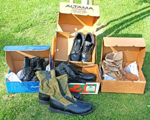 ALTAMA Desert Storm Boots Mens Tan Suede Black Leather BLK with GR - $75 (Taft, CA)
