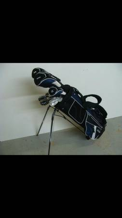 Walter Hagen complete golf set used once - $275 (Bakersfield)