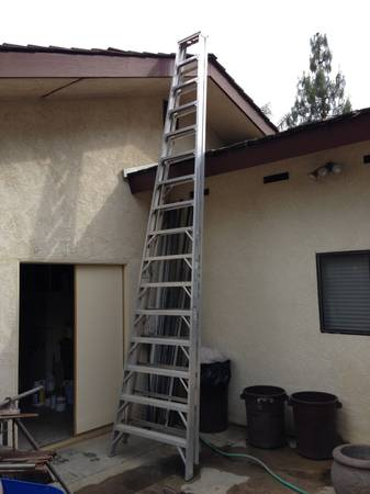 Werner 16 Heavy Duty aluminum step ladder - $300 (Bakersfield)