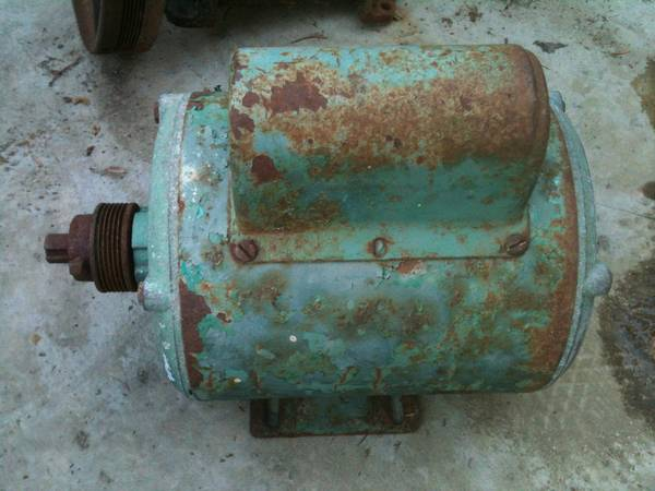 1.5hp 230v air compressor motor - $40 (Rosedale)