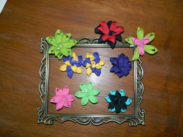 Zipper flower hair bows - $3 (North Bakersfield)