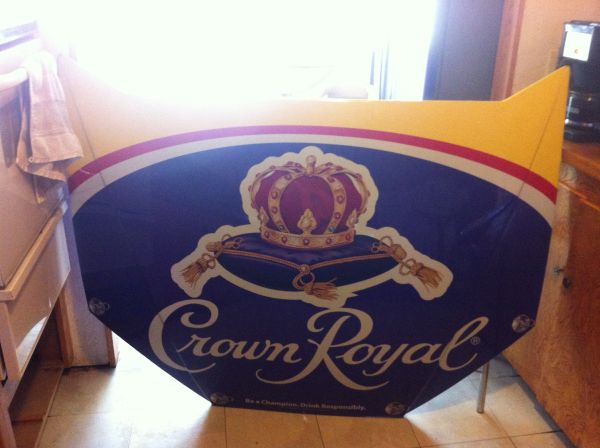 Crown Royal Mirror And Bar Items - $125 (Lake Isabella)