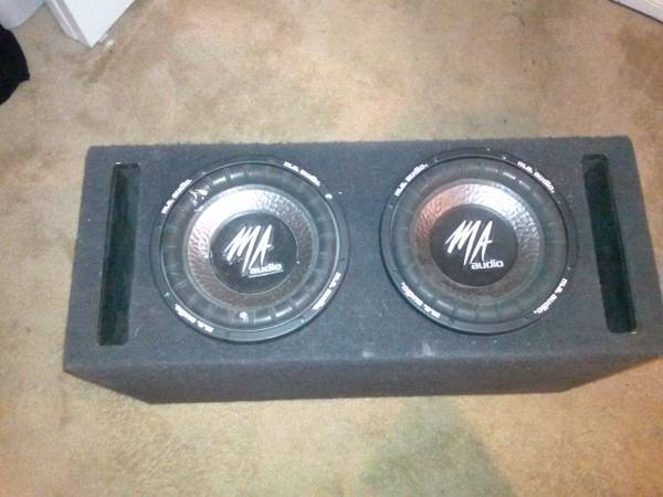 2 10 MA Audio Subwoofers w Dual Vented Enclosure (Price Negotiable) - $100 (NW Bakersfield)
