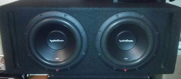 2 rockford fosgate 10s in ported box..subs and box.new - $150 (661)