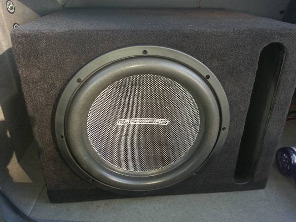 12 Crossfire sub and 1600 watt - $300 (bakersfield)