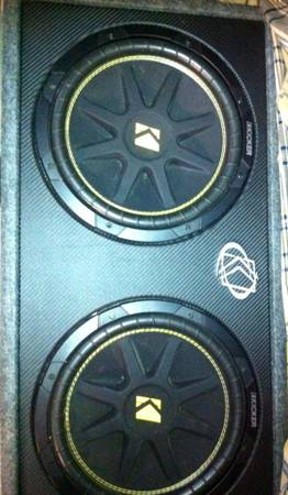 10 Kicker Subs and Box Bass System Kicker Zx 300.1 Amp - $320 (Bakersfield)
