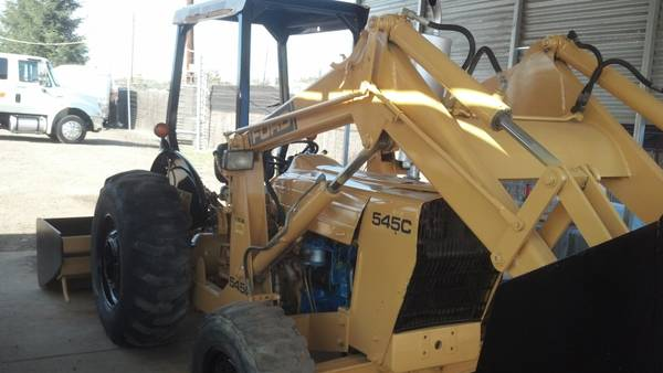 FORD 545 C TRACTOR 4X4 Pto - $10500 (BAKERSFIELD)