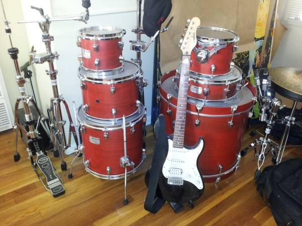DRUM SET ODERY CUSTOM WITH ALL CYMBALS AND HARDWARE - $2300 (LOS ANGELES)