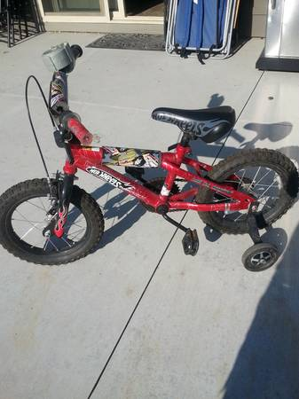 Mint Condition 14 Hot Wheels bike - $30 (Na)