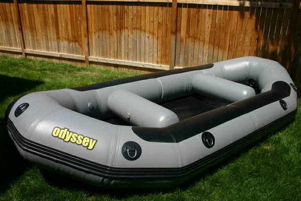 13 Odyssey white water raft whitewater aire maravia nrs - $900 (North Boise)