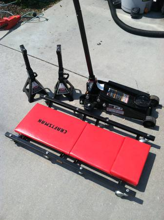 3 ton floor jack, stands and creeper. Craftsman. Like new - $80 (west boise)
