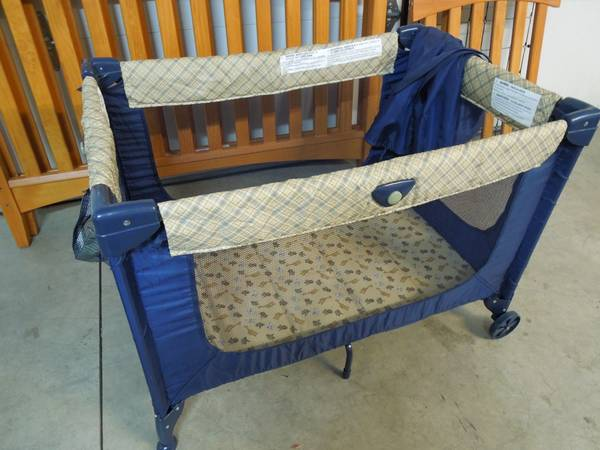 Cosco Pack n Play - $35 (Star Idaho)