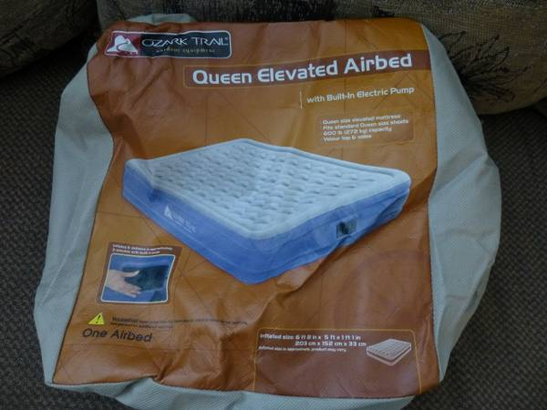 Intex Inflatable Mattress Queen Raised Air Bed w Electric Pump - $40 (Meridian)