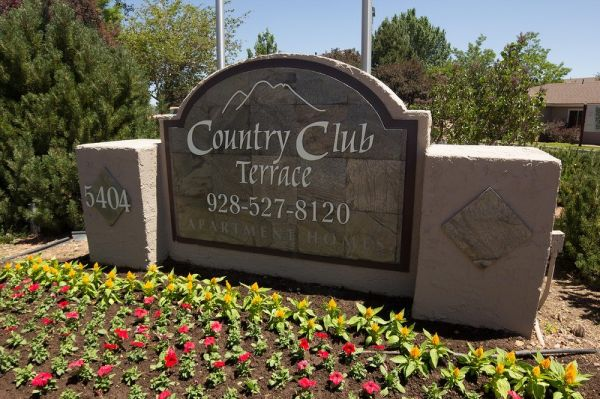 $915 2br - 856ftsup2 - 251 Courtyard-Facing End Unit with 2 Master Suites (East FlagstaffNAU)