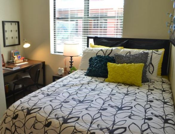$614 1300ftsup2 - NEW STUDENT HOUSING FREE TANNING 24 HR FITNESS ON CAMPUS (NAU CAMPUS)