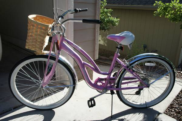 Pink cruiser with a basket - $100 (Flagstaff, AZ)
