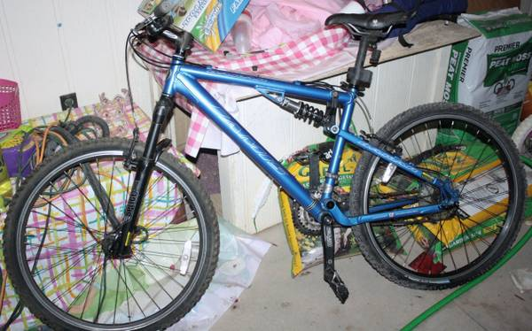 2005 17 Jamis Dakar Full Suspension Mountain Bike - $450 (Chino Valley)
