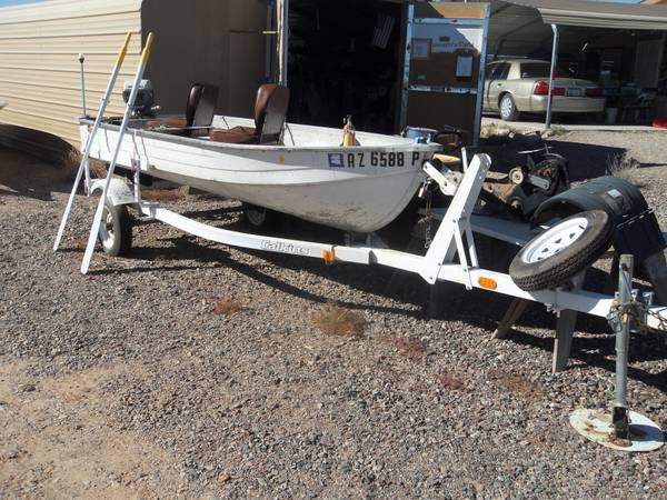 12 Mirrocraft Aluminum Fishing Boat w Trailer Motor - $2000 (West Phoenix)