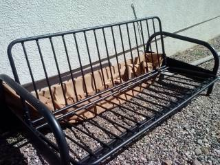 Queen Size Black Metal Futon Frame - EUC - WILL BARTER - $40 (Cottonwood)