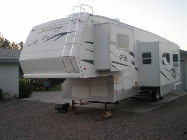 2006 Sierra Sport 39 5th wheel Toy Hauler - $30000 (C Verde, AZ 86322)
