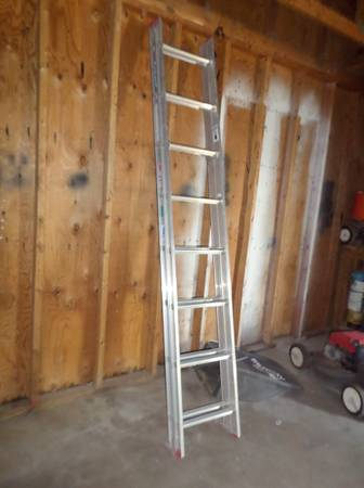 12 foot Extension Ladder - $25 (Page)