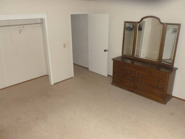 - $550 room for rent (Sonora)