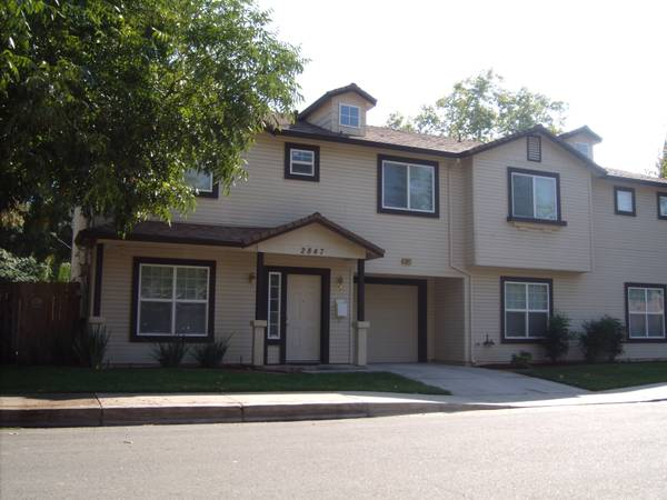 - $495 4br - Exceptional Value in Eclectic Neighborhood (McGeorge-Med Center)