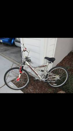 Pacific Titan Mountain Bike - $125 (Roseville, CA)