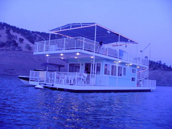 Houseboat for sale - $120000 (Lake McClure)