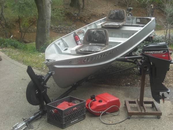 Classic 12 Lone Star Aluminum boat w 15 hp Gamefisher - $1100 (Penn Valley LWA)