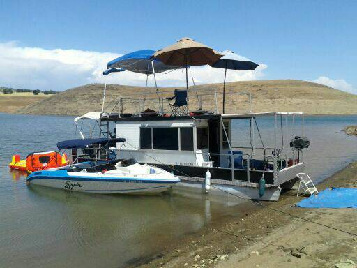 HOUSEBOAT FOR RENT MELONES,AFFORDABLE - $780 (MELONES)