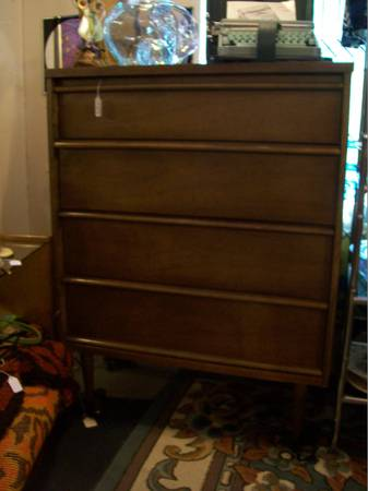 Mid Century Highboy Dresser by Bassett ..Vintage Furnishings - $119 (East Sacramento)
