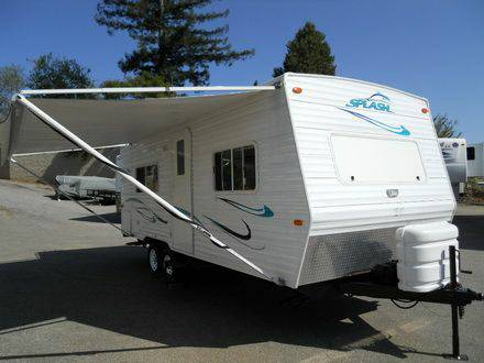 2003 24 ft. Travel Trailer National Splash - $7000
