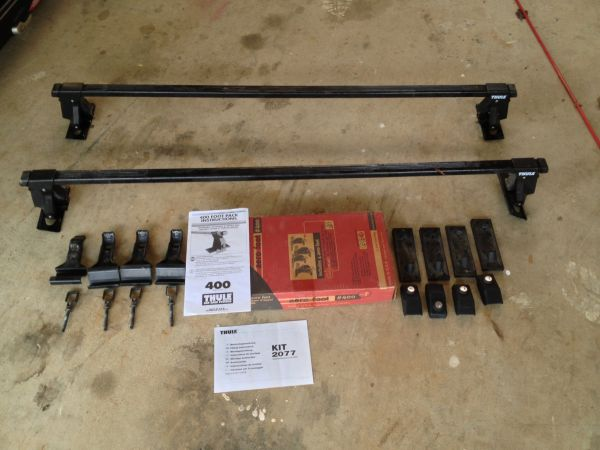 Thule 400 Tower 50 Load Bars Roof Rack - $120 (Grass Valley)