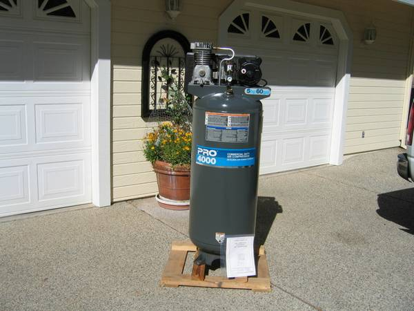 DeVILBISS 60 Gallon Air Compressor - $175 (Penn Valley, CA)