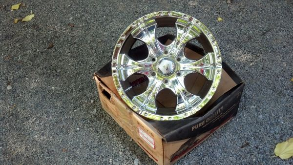 Rims for Chevy truck 6 lug - $600 (Grass Valley)