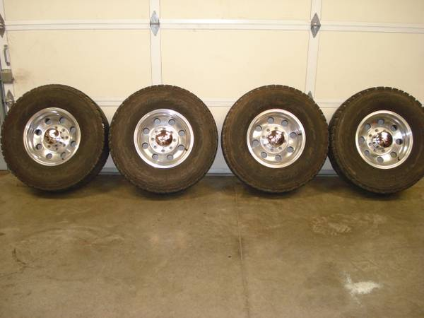 16x8, 8 lug wheels - $400 (Copperopolis)