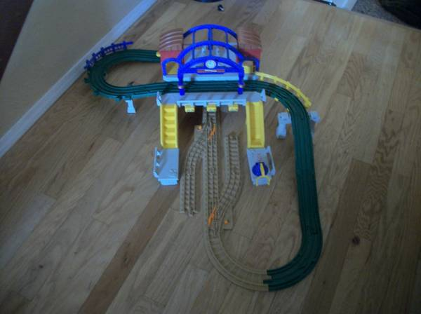 FISHER PRICE GEO TRAX - $30 (San Andreas CA)