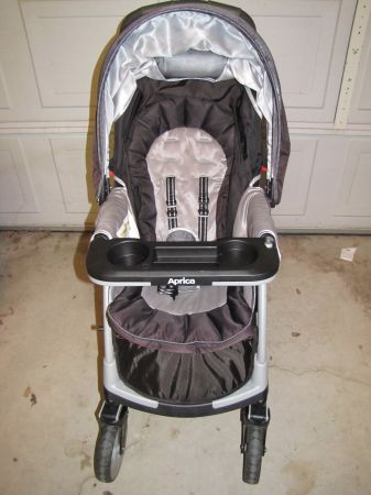Aprica Moto Travel System in Twilite - $60 (Valley Springs)