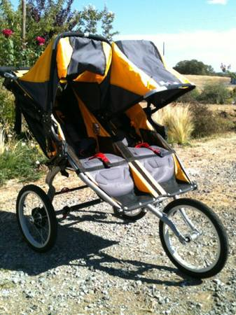 NEW BOB Ironman Duallie Double Jogging Stroller - $350 (Copperopolis )