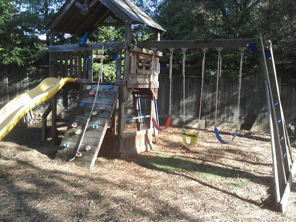 HUGE FUN Sunray Premium Playset from Costco, Paid $1500 Already Apart - $500 (Shingle Springs)
