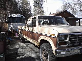 1985 FORD F250 4X4 DIESEL - $2200 (NEVADA COUNTY)