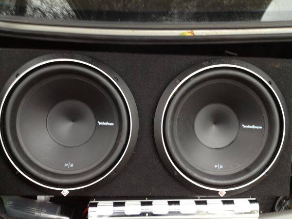 Rockford Fosgate 12 inch subs and and headunit - $250 (Cameron Park)