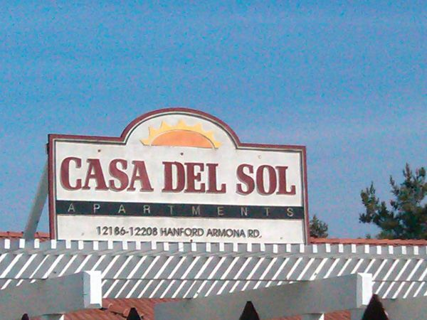 - $700 3br - 1187ftsup2 - HURRY HURRY ONLY ONE LEFT Casa Del Sol has a 3bd2bth for only $700