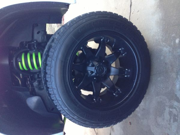 20x12 fuel octane on toyo rubber - $1200 (Hanford)