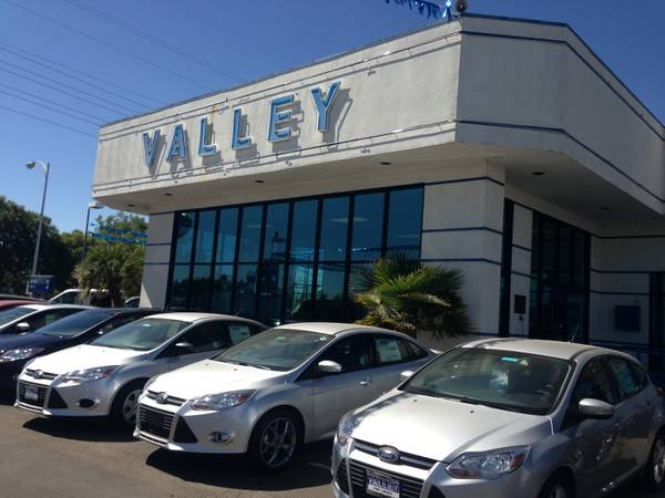 Sales Person (Valley Ford Lincon)